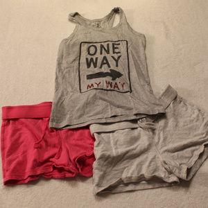 Old Navy girls shorts set of 2 and Mudd tank sz 12